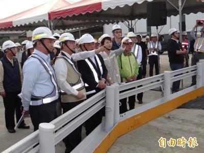 台南北外環道工程費需116億 蘇貞昌笑稱:賴清德有交代