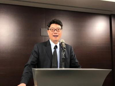 凌友詩稱一中就是中國 陸委會:他持中華民國護照入境台灣