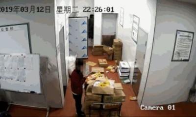 秋後算賬?四川名校供「霉食」 3爆料家長反被控偽造照片