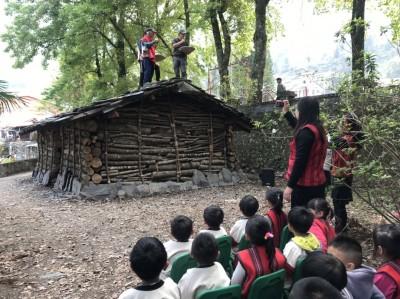 為民族實驗學校暖身 都達國小賽德克石板家屋啟用