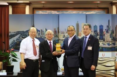 紐約中華總商會拜訪 慘被韓國瑜放鳥
