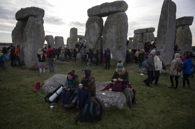 挖出大量豬骨 巨石陣可能是英國最早「開趴地點」
