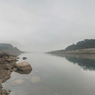 詭!黑水河畔追球入水 越南8學童集體離奇溺斃