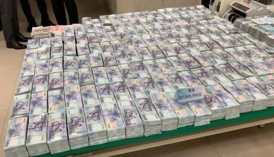 開600萬瑪莎拉蒂運毒! 警攻堅進屋赫見9700萬現金