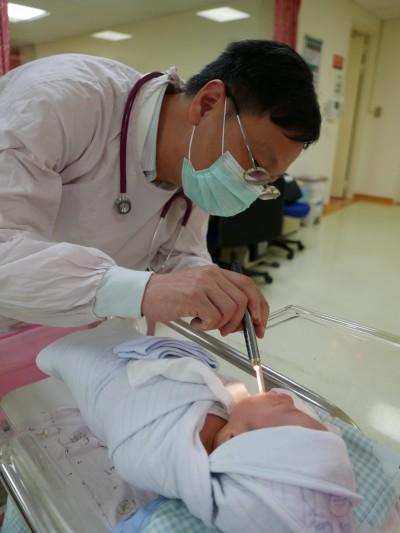 出生10天女嬰罹腸病毒71型 竟是阿姨傳染的
