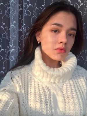 俄羅斯少女「害怕虛度人生」 到鐵軌自拍遭火車撞死