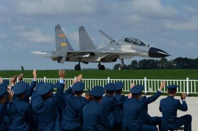 中國軍機越海峽中線 陳明通:未來還可能再發生