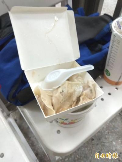 不捨女友餓肚子 毒蟲偷藏警方給的7顆水餃