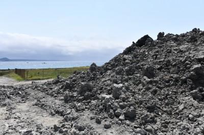 墾丁後壁湖清港淤泥堆置 專家憂沖入海影響珊瑚產卵