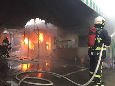 梧棲貨櫃場死亡火警 男子疑似開瓦斯自焚