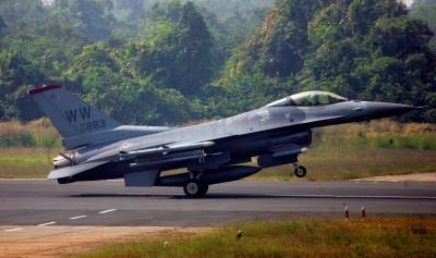 美國務院批准155億對台軍售案 含F-16培訓與後勤