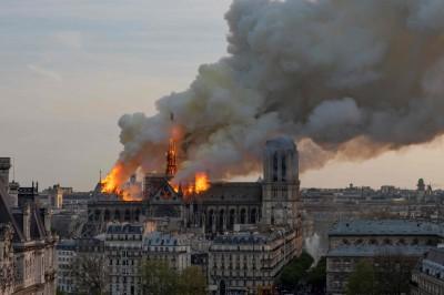 巴黎聖母院大火 外媒解析法國人痛心的原因在於...