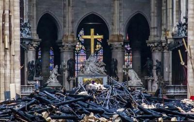 募款開跑短短數小時 巴黎聖母院重建金募達244億