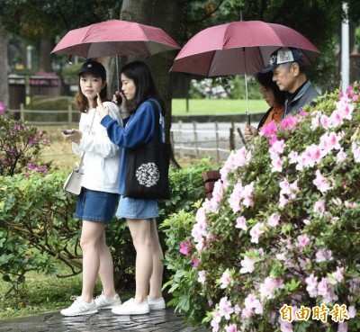 記得帶傘!週五午後西半部有雷陣雨 雨勢入夜才趨緩