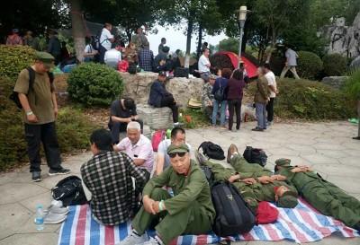 中國老兵不死只是痛哭 數十人捍衛權利卻被判入獄多年