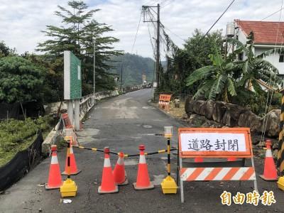 難擋強降雨 埔里愛村橋便道昨沖毀緊急封閉