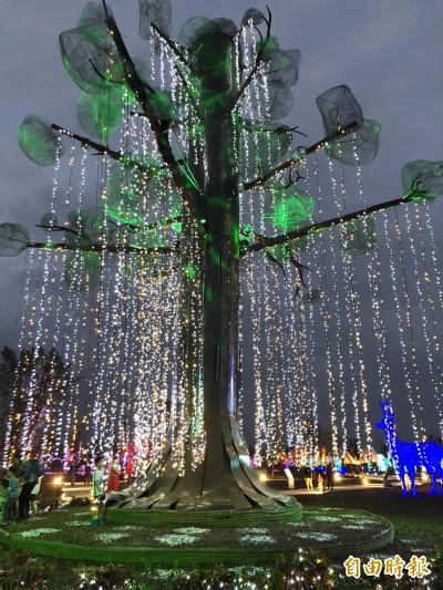 絕美台灣燈會生命樹 6月底屏東市重現風華
