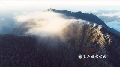 雲瀑星空、霧淞山林 玉山塔塔加絕美片釋出