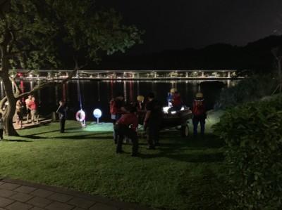 北市大湖公園驚見浮屍   警封鎖現場調查中