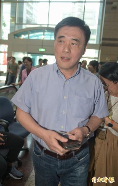 郝龍斌否認勸進 了解郭台銘有意願後向吳敦義報告