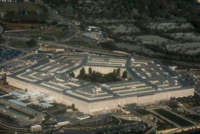 看到幽浮怎麼辦?美國海軍正製作SOP小卡給飛行員參考