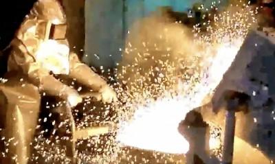 台灣之光「鋼鐵人」!興大碩生樓紹緯 國際煉鋼大賽奪冠
