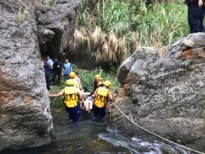 17歲少年台中野溪戲水 不慎卡石縫溺斃水底