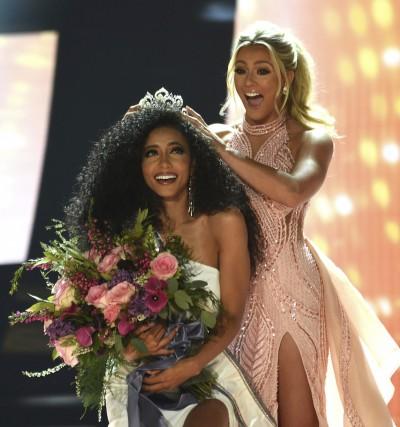 史上首見!美國小姐、美利堅小姐、美國妙齡小姐都是黑人