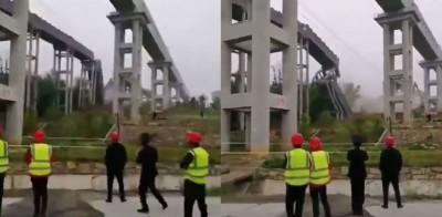 中國工地高架建物 「骨牌式崩落」影片曝光
