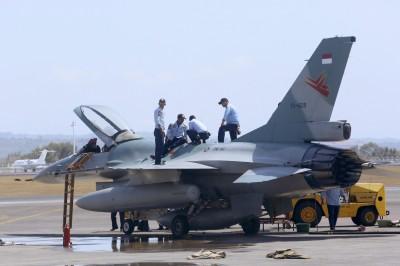 快起床吃封齋飯!印尼齋戒月出動F-16叫醒民眾