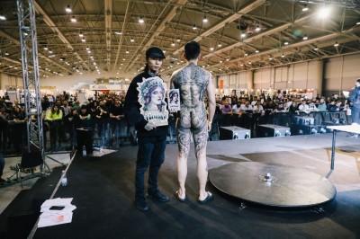 另一種台灣之光 刺青師梁凱皓奪羅馬國際刺青展冠亞軍
