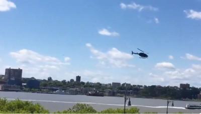 紐約驚傳直升機墜機事故 驚險畫面遭民眾全程錄下