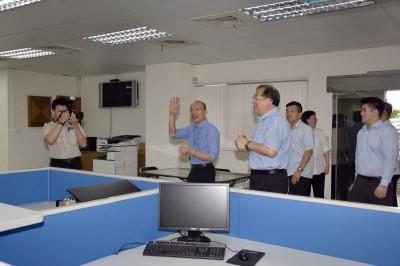 這不是總統府南辦! 韓國瑜走訪海洋局新辦公室