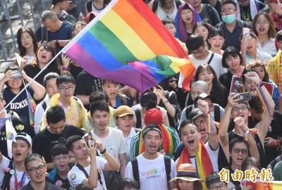 中國網友直喊羨慕!「台灣同性可以結婚」沸騰微博