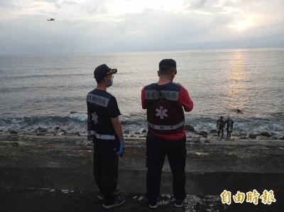 綠島遊客未帶浮具自行浮潛 1人失蹤搜救中