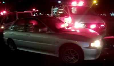 自小客未禮讓? 汽車、救護車相撞 病患虛驚一場