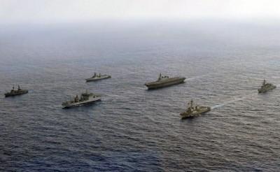 美軍再出招!第七艦隊宣布:軍艦駛入南海黃岩島12海里