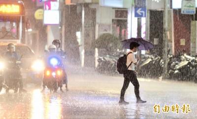 屏東時雨量達60毫米 高屏晚間持續發布豪、大雨特報