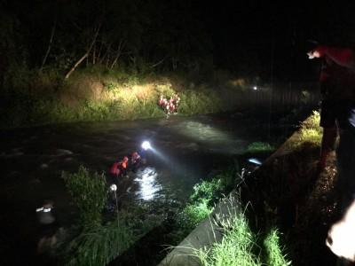 雨炸三地門!溪水暴漲 37人受困海神宮獲救