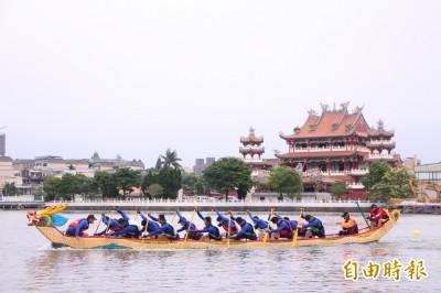 桃市長盃龍舟賽參賽隊伍開划 龍潭歸鄉文化節活動有這些…