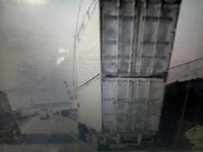 台中港貨櫃車「疊疊樂」上路 恐挨罰10萬起跳