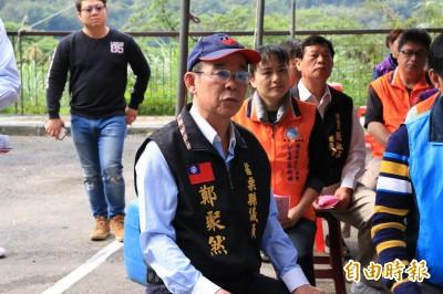 獨家》「認中國父母」議員再槓:館長捐60萬 叫他一聲爸