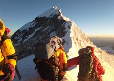 山難事故頻傳 喜馬拉雅山再傳8登山客失蹤多日