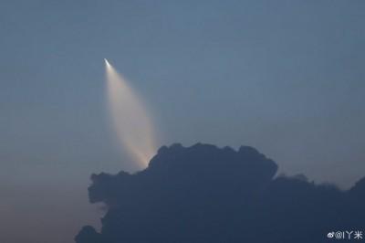 美國挺台灣惹怒中國? 解放軍疑試射新潛射飛彈