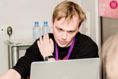 驚!莫斯科著名打貪記者 採訪途中遭警逮捕控販毒