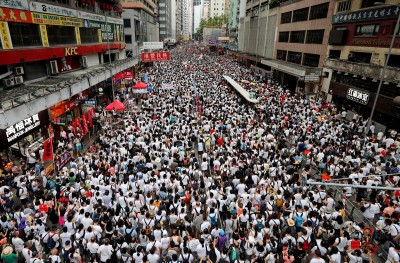 港人要台灣人看清中國 「這就是今天的香港」