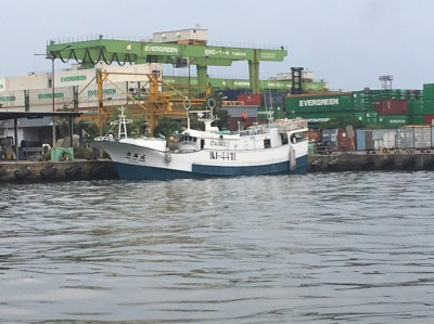 中沙海域攔截 查獲漁船載507公斤毒品逮6人