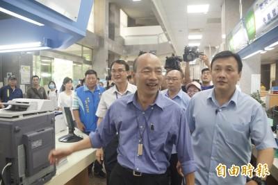 韓國瑜預告出席院會 自嘲「政壇兩個大禿頭終於見面了」