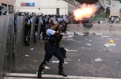 民進黨譴責港府暴力驅離民眾 與北京聯手「送終」香港民主自由