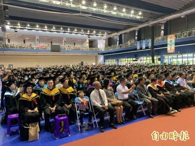 台東最高學府畢典 2學子獲台、日雙聯學位